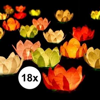 18x bruiloft/huwelijk drijvende kaarsen/lantaarns bloemen 29 cm