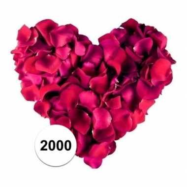 Bordeaux rode rozenblaadjes 2000 stuks