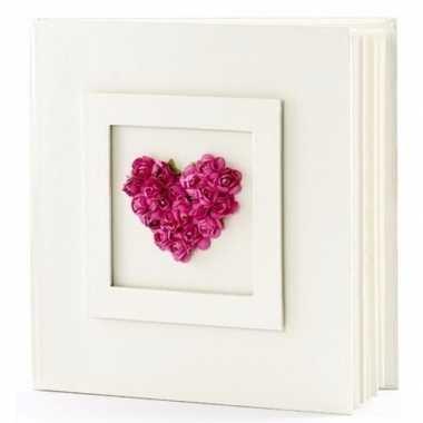 Bruiloft gastenboek met fuchsia hart 20.5 cm