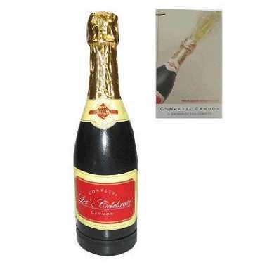Champagne fles met confetti