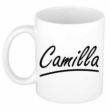 Naam cadeau mok / beker camilla met sierlijke letters 300 ml