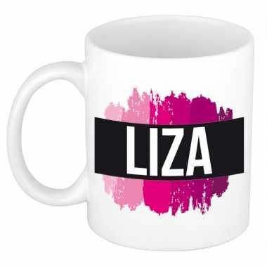 Naam cadeau mok / beker liza met roze verfstrepen 300 ml
