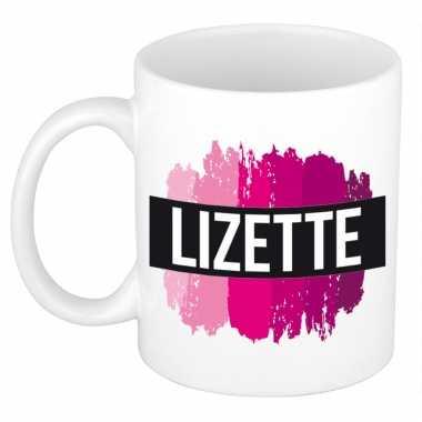 Naam cadeau mok / beker lizette met roze verfstrepen 300 ml