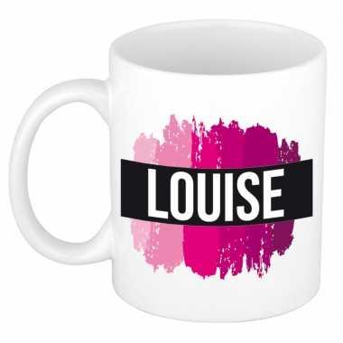 Naam cadeau mok / beker louise met roze verfstrepen 300 ml