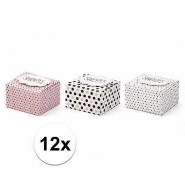 Snoep/ bonbon doosjes met stippen 12 stuks