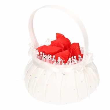 Strooimandje inclusief rozenblaadjes