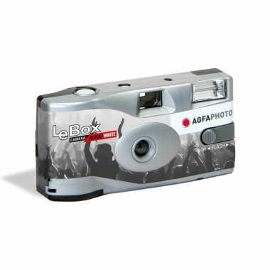 Wegwerp camera met flitser voor 36 zwart/wit fotos