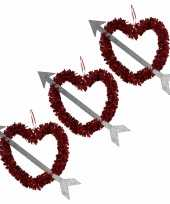 5x rood valentijn bruiloft hangdecoratie hart met pijl 45 cm