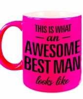 Awesome best man cadeau mok beker voor bruiloft getuige neon roze 330 ml