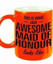 Awesome maid of honour cadeau mok beker neon oranje voor getuige 330 ml