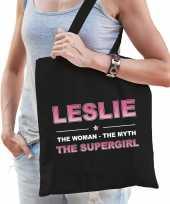 Naam cadeau tas leslie the supergirl zwart voor dames