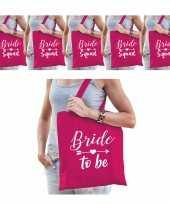 Vrijgezellenfeest dames tasjes goodiebag pakket 1x bride to be roze 5x bride squad roze